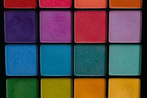 色とりどりのパレット