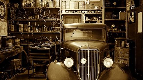 昔の自動車修理ショップ