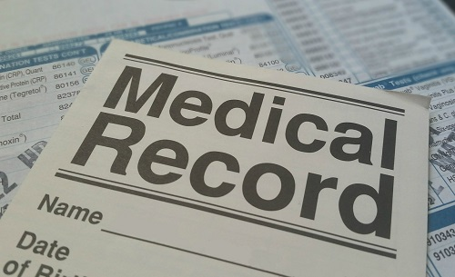 検査結果に基づいて書かれた診断書。