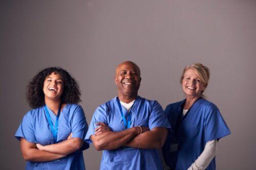 医師と看護師のポートレート。