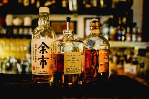 日本のウィスキーが並ぶ。